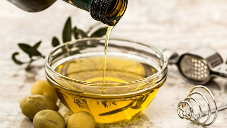 Extra Virgin Olive Oil Is Suitable For High Heat Cooking