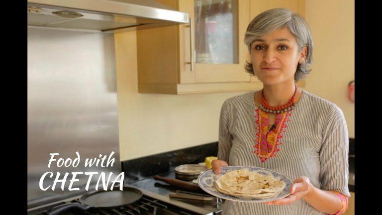 Easy To Make Chapati / Phulka / Tawa Roti: Recipe Video
